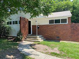 533 E Woodlawn Rd, Charlotte, NC 28209