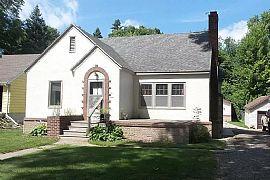 504 W Linden St, Fergus Falls, MN 56537