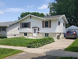 2602 12th Ave Nw, Rochester, MN 55901