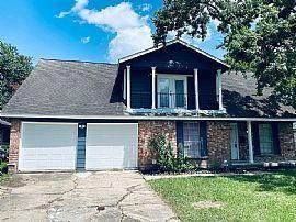 10915 Sagevale Ln, Houston, TX 77089