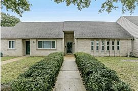 2146 Greenbriar Colony Dr, Houston, TX 77032