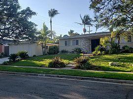5203 W 64th St, Los Angeles, CA 90056