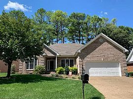 109 Tahoe Ct, Bowling Green, KY 42104