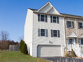 Awesome House. 3900 Sheppard Dr, Dover, PA 17315