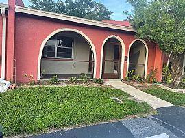6378 Bonnie Bay Cir N, Pinellas Park, FL 33781