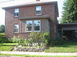 126 Shelburne Rd, Burlington, VT 05401