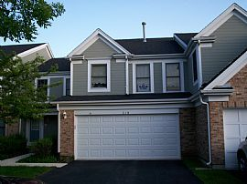Charming 2 Bedroom Itasca Townhouse