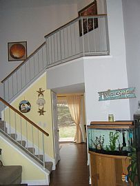 Beautiful 2 Bedroom Townhome - Updated Floor to Ceiling