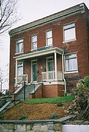 Upscale Historic 2 Bedroom Townhome - Short-Term Rental