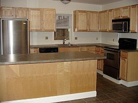 Updated 2 Bedroom Apartment with Heat and Hot Water Included!!