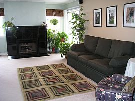 Tranquil 2 Bedroom Condo - Near Route 53