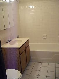 Nice 2 Bedroom Condo - Freshly Painted and Brand New Carpet