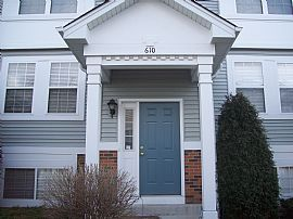 Nice 2 BR Cranberry Lakes Townhouse with Basement