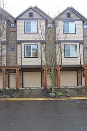 1/2 Off First Month'S Rent! Great Locati