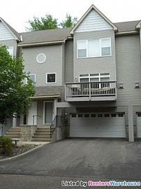 Must See Townhouse of 169 Cedar Lake Rd!