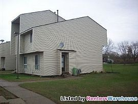 Very Nice 2bd/1ba End Unit Th in Brookly
