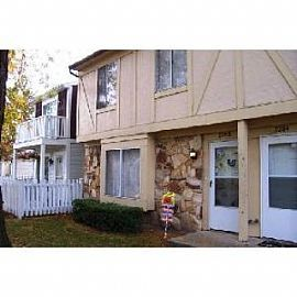 Gorgeous 3 Br 2 5 Ba 2 Story Townhouse